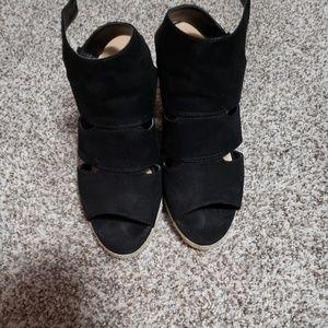 Apt 9 defined comfort heels